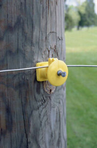 Dare Products Elf wp 25 Black Electric Fence Insulator With Nail For Wood Post