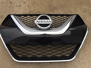 New Oem 2016 2018 Nissan Maxima Factory Grille W Camera Comes With Emblem
