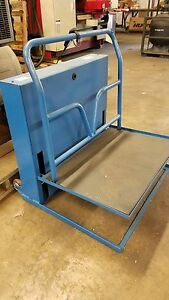 Bestir Ac Powered Steel Work Platform 400lbs