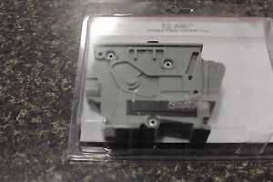 New Vpkwa15 Wadsworth Single Pole 15 Amps Replacement Circuit Breaker New