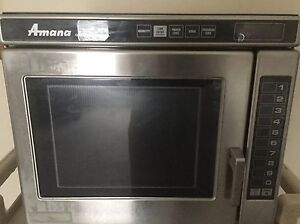 Amana Rc17s2 1700 Watts Commercial Microwave Oven