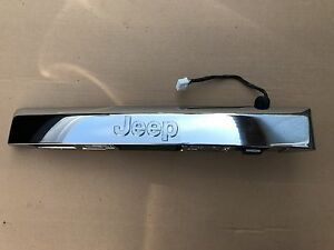 New 2008 2009 Jeep Commander Lift Gate Handle Trim Latch Button Oem