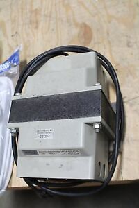 Topaz 91001 12 Line Noise Suppressing Ultra isolator Isolation Transformer