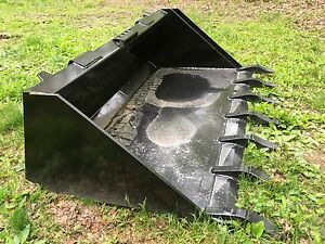 New Heavy Duty 60 Skid Steer Bucket With Teeth For Bobcat Case cat