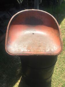 Allis Chalmers D17 Seat Pan And Seat Rear Work Light