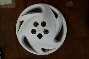 1992 1994 Chevrolet Cavalier 3206 14 Wheel Cover Hubcap 10172985