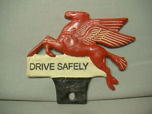 Vintage Style Mobil Drive Safely Pegasus Flying Horse License Plate Topper Auto