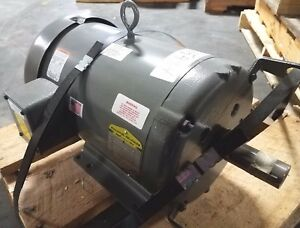 New Baldor reliance 10 Hp 3 Phase Motor 37k401t45661 1 3 8 Dia Shaft