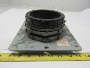 Oz gedney 4 Insulated Rigid Conduit Box Connector W Mounting Plate
