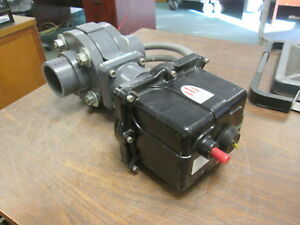 Hayward Actuating Butterfly Valve Evs3 Kc2ex2 150psi Pvc Body 115v 0 3a Used