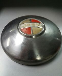1 Vintage 1966 1973 Jeep Jeepster Dog Dish Wheel Hub Cap Oem