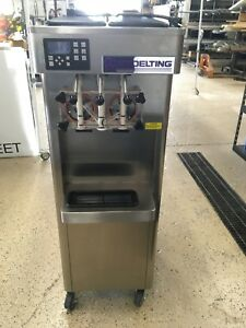 2013 Stoelting Commercial Soft Serve Machine