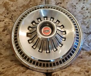 1965 65 Ford Fairlane Galaxie 500 Wheel Hub Cap Oem Fomoco