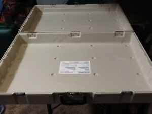 Skyline Reflex Portable Display Case Carrier off White Color For Trade Show