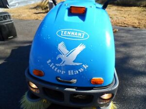 Tennant Litter Hawk Vac Sweeper 393 Hrs Runs Great As Is Need Room In Shop