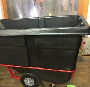 Rubbermaid Commercial Cart Fg130500bla