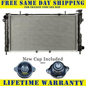 Radiator With Cap For Chrysler Dodge Fits Voyager Caravan Town Country 2312wc