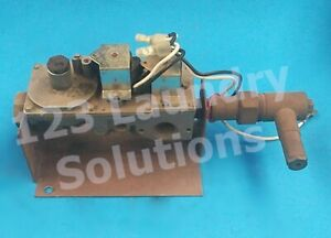 Dryer Gas Valve 30xg Iei Ng 60hz For Speed Queen P n M406782 used