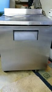 Commercial Countertop Refrigerator freezer