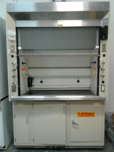 Fume Hood Jamestown Five Foot With Base
