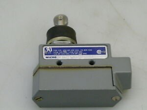 Microswitch Bze6 2rn80 Enclosed Roller Top Plunger Snap Action Switch
