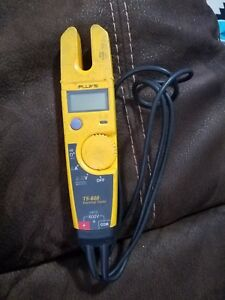 Fluke T5 600 Voltage Continuity And Current Digital Electrical Tester Meter Read