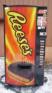 Reese s Hershey Refrigerated Candy Vending Machine dixie Outdoor Indoor