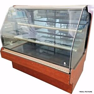 Hussman 60 Curved Glass Dry Bakery Case Q3 bc n
