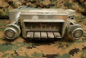 Vintage Ford Philco Am Radio C90a 18806 Fomoco Oem