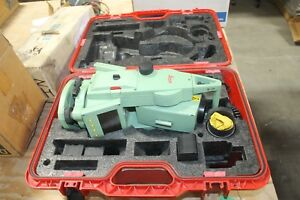 Leica Tcr802 Total Station With Case