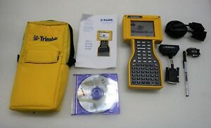 Trimble 45268 50 Tsce Data Collector Field Controller W Accessories powers Up