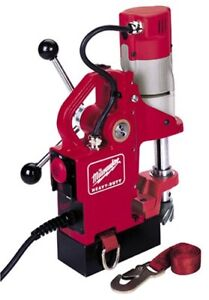 Milwaukee 4270 20 9 Amp Compact Electromagnetic Drill Press