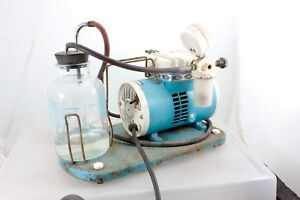 Shuco vac Model 5711 130 Aspirator Vacuum Suction Pump With Collection Bottle