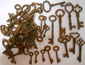 Rusty Ornate Skeleton 1800 S Style Keys 50 Pc Lot Steampunk 220750