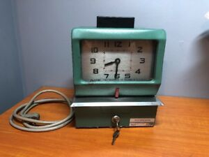 Vintage Acroprint Time Recorder Time Clock 125or4 With Keys
