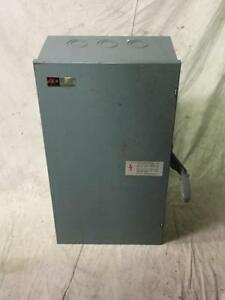 Eaton Dt224ugb Double Throw Safety Switch 200a 240vdc 2p