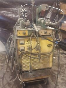 Linde Vi 400 Wire Feed Welder 230 460 3 Phase Set Up To Run Dual Wire