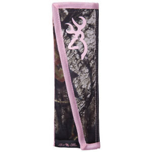 Browning Seatbelt Cushion In Mossy Oak Break Up And Pink
