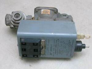 Johnson Controls G60qhl 1 Ignition Control With Lockout W Valve Vlv34a