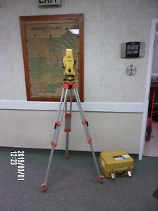 Topcon Gts 702 Electronic Total Station
