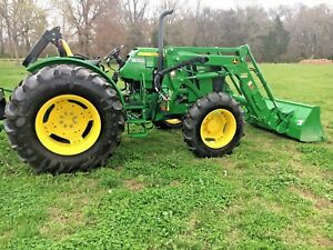 John Deere Tractor 5100e With Loader