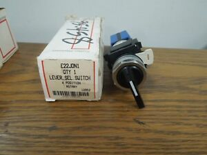 Cutler hammer E22jdn1 4 Position Rotary Lever Selector Switch New Surplus