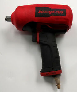 Snap on 1 2 Heavy Duty Air Impact Wrench Model Pt850 W Rubber Boot