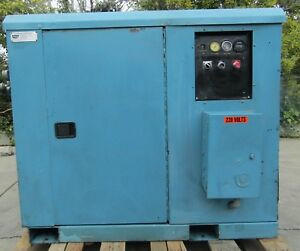 Davey 25hp Rotary Vane Air Compressor 230v 3 Phase Lincoln Electric Motor