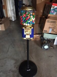 One Head Gumball candy Machine Blue 25 C Used