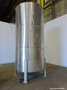 Used Tank Approximate 2 500 Gallon 304 Stainless Steel Vertical Approximate