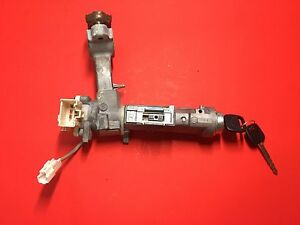 2000 2002 Toyota Tundra Ignition Lock Cylinder Assembly With 2 Keys Used Oem