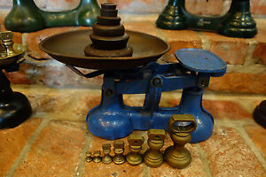 Antique English Cast Iron Farmhouse Kitchen Scale W Set Brass Bell Weights Blue
