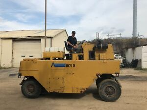 Galion P3000 Pneumatic 9 wheel Roller compactor For Dirt asphalt