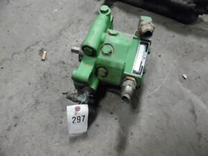 John Deere 1020 Tractor Hyd Pump Part r81065 Tag 297